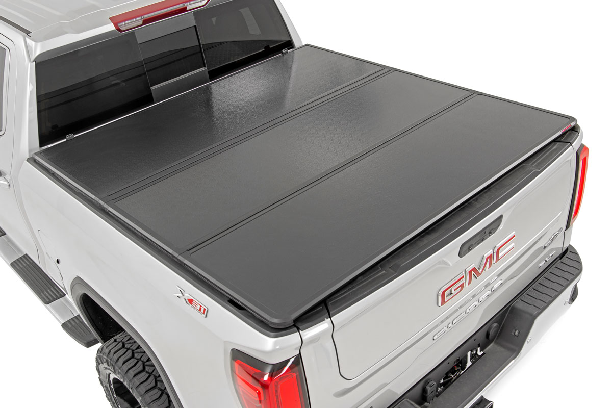 Rough Country Hard Tri-Fold Bed Cover, 8ft Bed w/o Cargo Mgmt - Silverado/Sierra 1500 2014-18