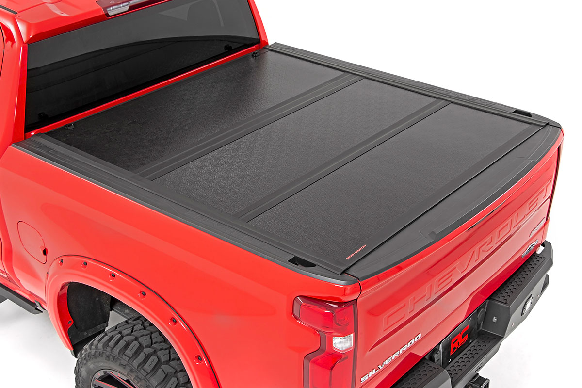 Rough Country Low Profile Hard Tri-Fold Tonneau Cover, 5.8 Foot Bed - GM 1500 2019-21