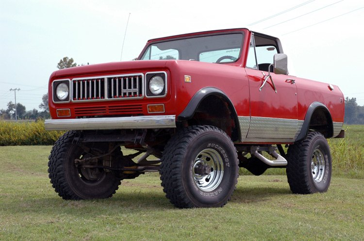 Rough Country 4 Inch International Suspension Lift System 71-73 4WD International Scout II Rough Country