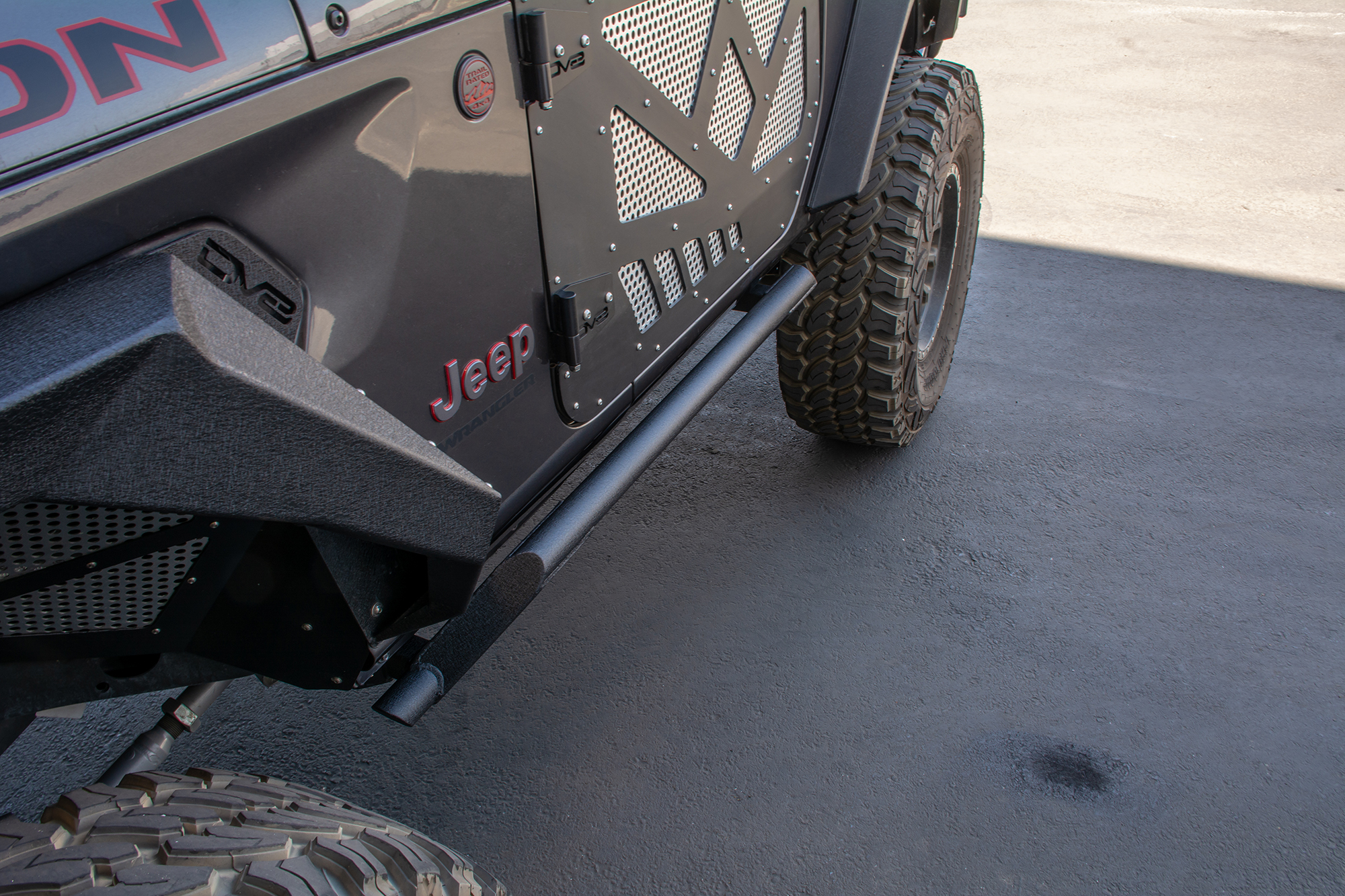 Jeep JL Tubular Rock Slider with Plated End Caps 18-Present Jeep JL 2 Door DV8 Offroad